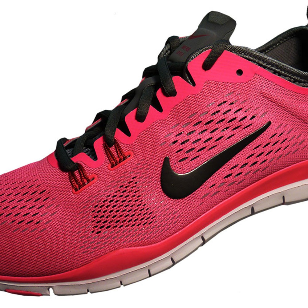 nike wmns free 5 0 tr fit 4 trainingsschuh damen neon pink. Black Bedroom Furniture Sets. Home Design Ideas